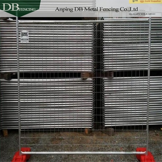 Construction Temp Fence Panels 2100mm x 2400mm 32mm tube wall thick 2.0mm Infilled Mesh 4.0 x 60 x 150mm