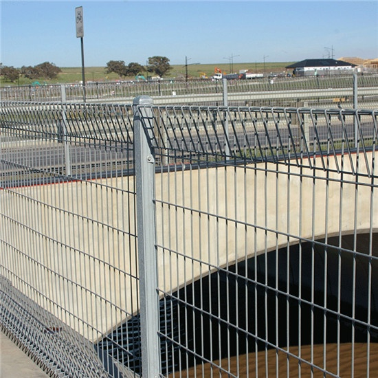 Special welded 1.5 * 1.2m Roll Top Fence applied to Australian Industrial Factory