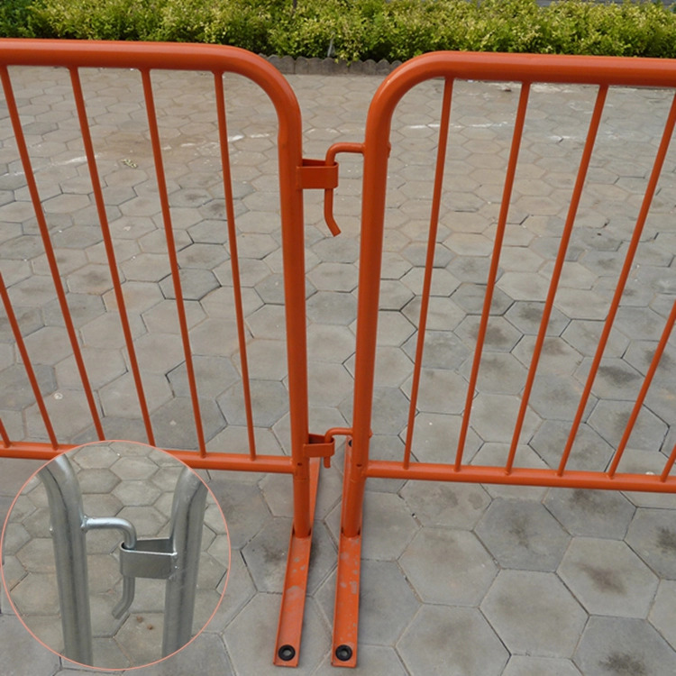 crowd cotrol barrier     interlock using an industry-standard hook and half-loop fastening system